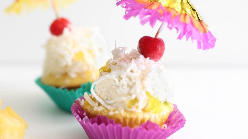 Piña Colada Ice Cream Cupcakes