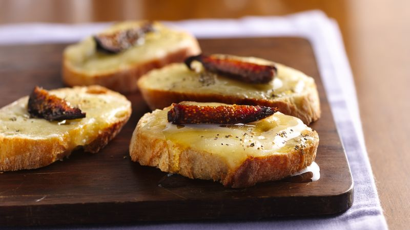 Fig and Cheese Toasts