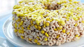 Cheerios™ Cake
