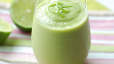 Avocado and Coconut Water Smoothies