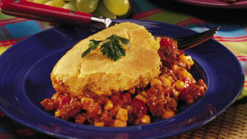 Baked Chili with Cornmeal Crust