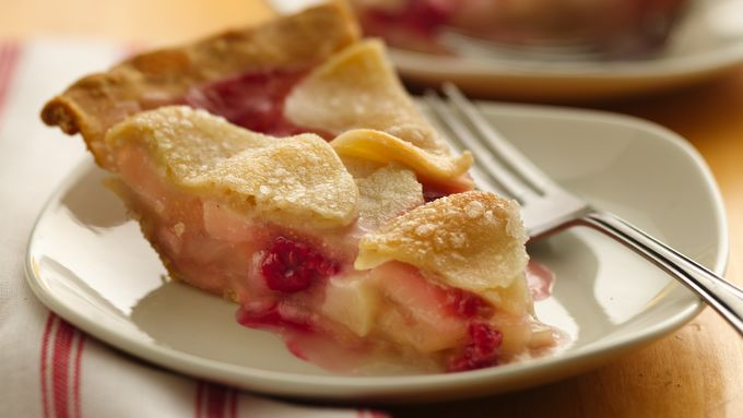 Rosy Raspberry-Pear Pie