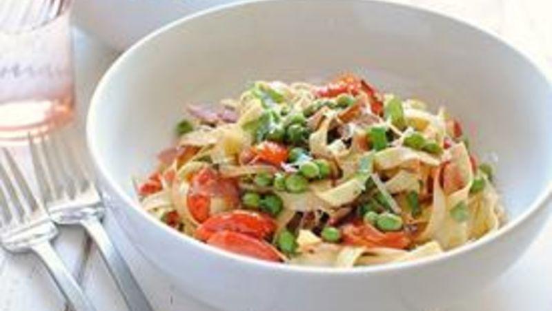 Pasta Fresca with Prosciutto, Peas and Tomatoes