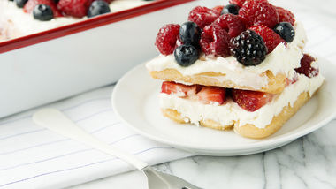 Easy Lemon Berry Tiramisu