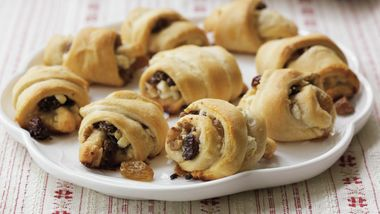 Goat Cheese-Raisin Crescents