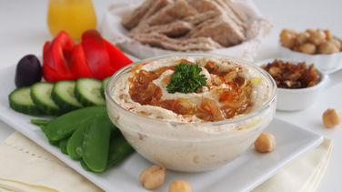 Hummus con Cebollas Caramelizadas