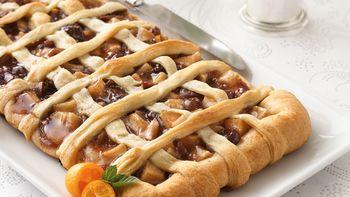 Apple-Cherry Brie Appetizer