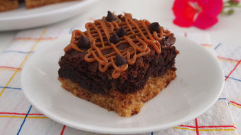 Peanut Butter and Cheerios™ Brownies