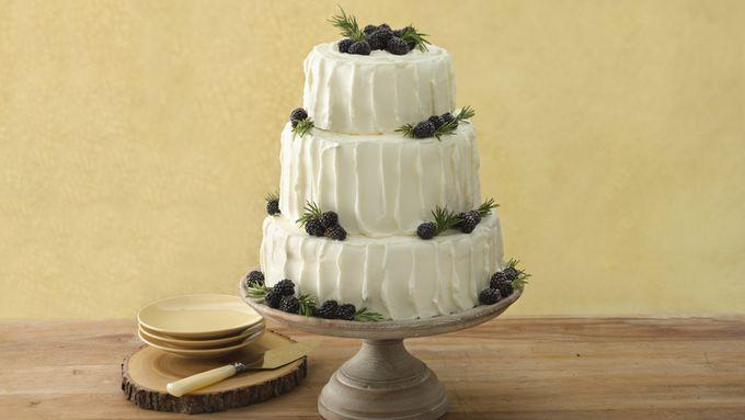 Blackberry-Vanilla Wedding Cake