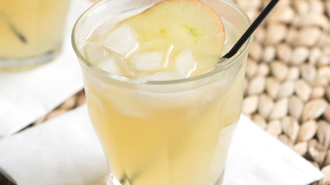 Whiskey Apple Fizz