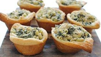 Spinach and Artichoke Mac 'n Cheese Cups