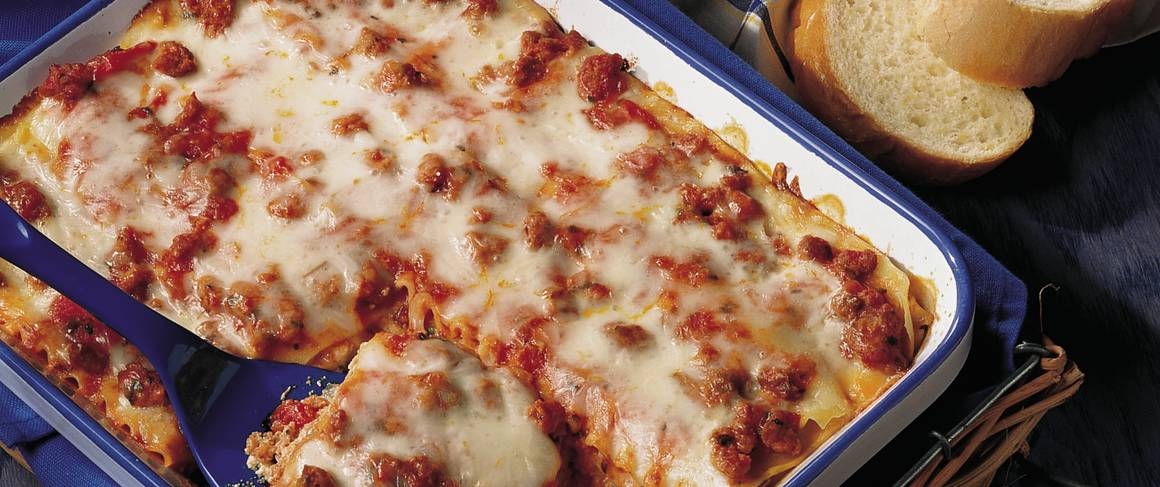 recipe: lasagna with ricotta cheese and italian sausage [20]