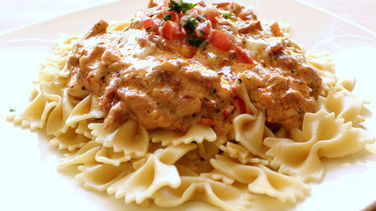 Pasta with Tuscan Cream