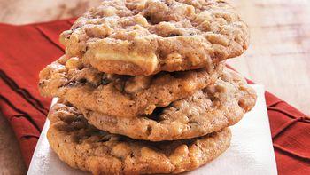 White Chocolate Raisin Oat Cookies