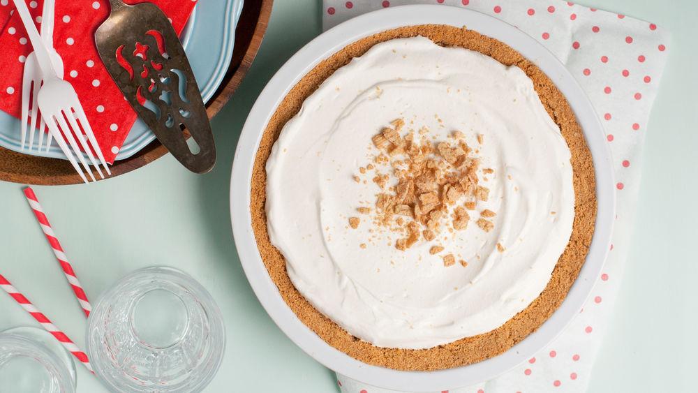 Cinnamon Cereal Milk Banana Cream Pie