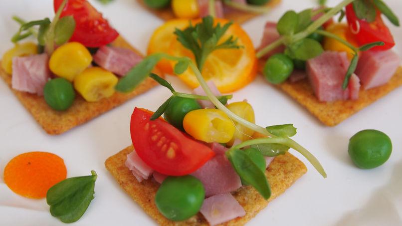 Ham and Green Peas Crostini