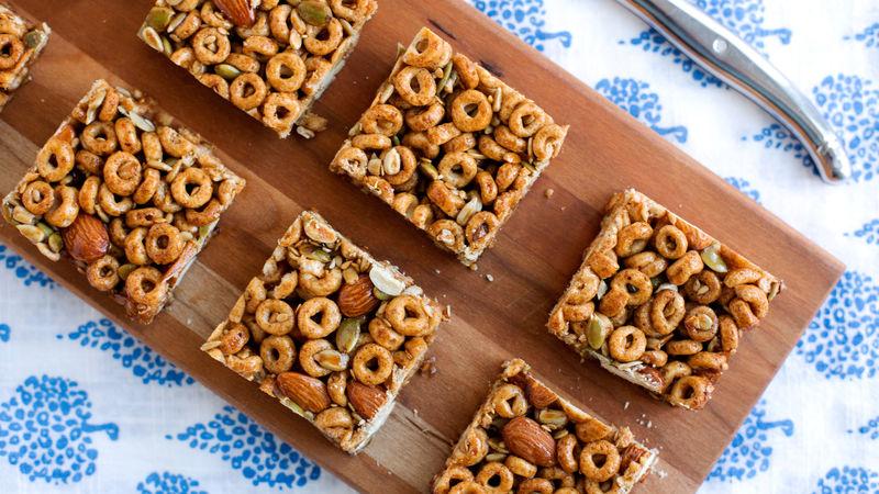 Spicy Cheerios™ Nut Bars