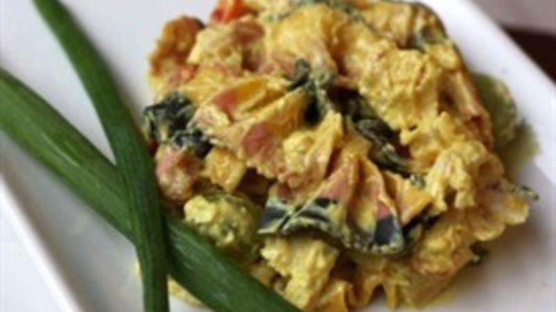 Sweet curry pasta salad recipe