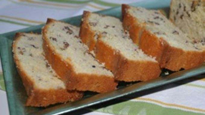Luscious Lemon Pecan Bread