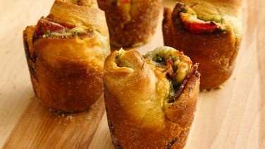Pepperoni-Pesto Popovers