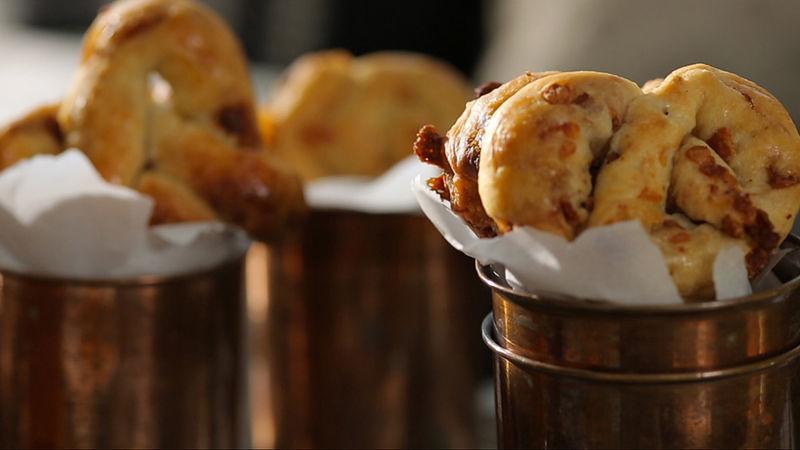 Easy Cheesy Bacon Pretzels