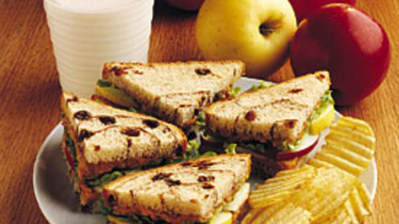 Peanutty Apple Sandwiches