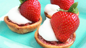Mini Strawberry Rhubarb Tarts