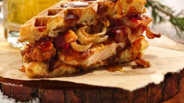 Pollo frito y Sándwich de Waffles