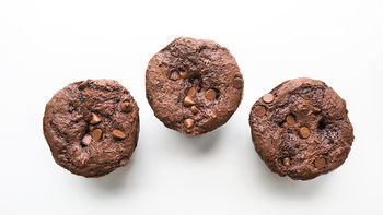 Copycat Costco™ Double Chocolate Muffins