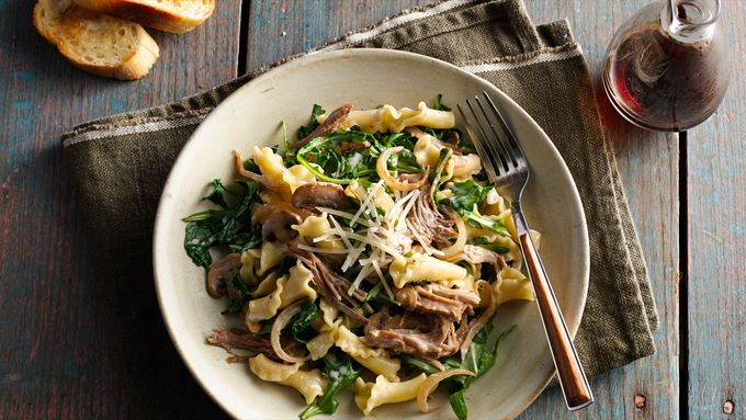 Creamy Pulled Pork Pasta with Caramelized Onions, Mushrooms and Arugula