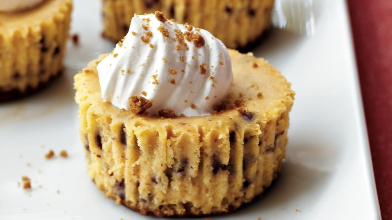 Pumpkin-Gingersnap Cheesecakes