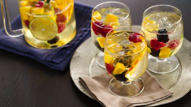 Elderflower-White Wine Sangria