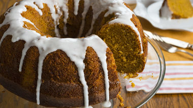 Pumpkin Ring Cake
