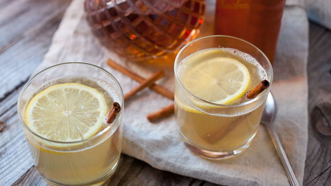 Cinnamon Whiskey Hot Toddy