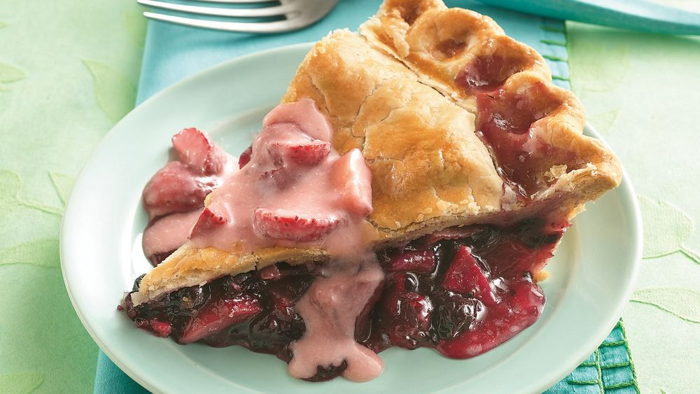 Apple-Blueberry Pie with Strawberry Sauce