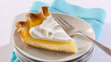 Lemon-Layer Cream Cheese Pie