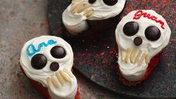Scary Skull Cakes