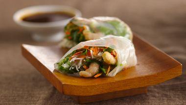 Gluten-Free Shrimp Summer Rolls with Dipping Sauce