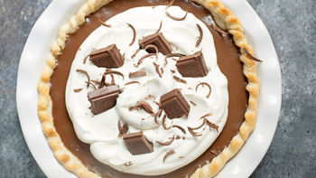 Icebox Hershey® Bar Chocolate Pie