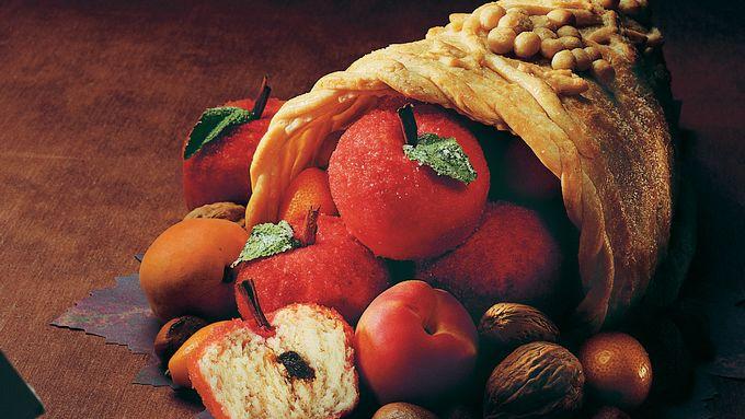 Cinnamon Apple Rolls