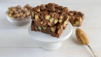 Reese's™ Puffs™ No-Bake Bars