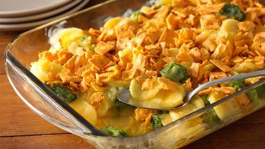 Cheesy Crunchy Broccoli Scalloped Potato Casserole