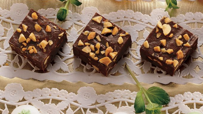 Simple Peanut Butter Fudge