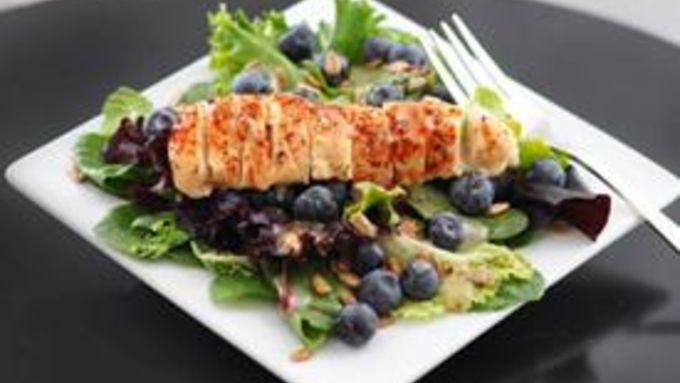 Chipotle Chicken Leafy Salad