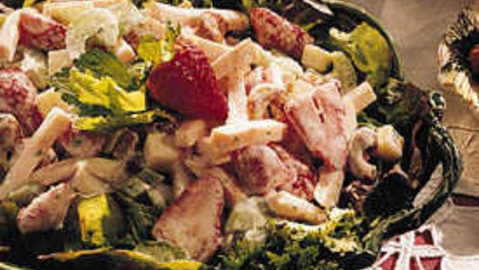 Smoked Turkey Salad with Strawberries