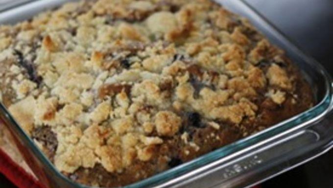 Berry Crumb Cake