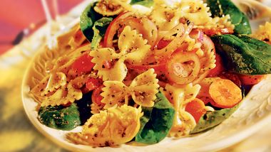 Spinach Pasta Salad