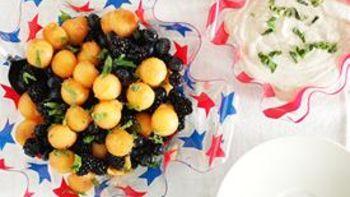 Berry-Cantaloupe Salad with Honey-Vanilla Yogurt Dip
