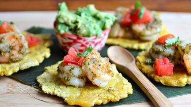 Tostones with Shrimp and Cilantro Pesto