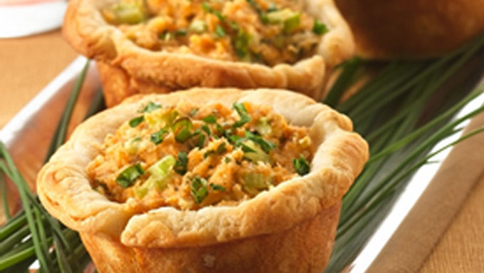 Deviled Crab and Cheese Biscuit Cups